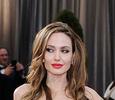 Анджелина Джоли усыновит еще одного ребенка