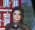Пенная вечеринка и зажигательные танцы: Наташа Королева исполнила новую песню про желтые тюльпаны