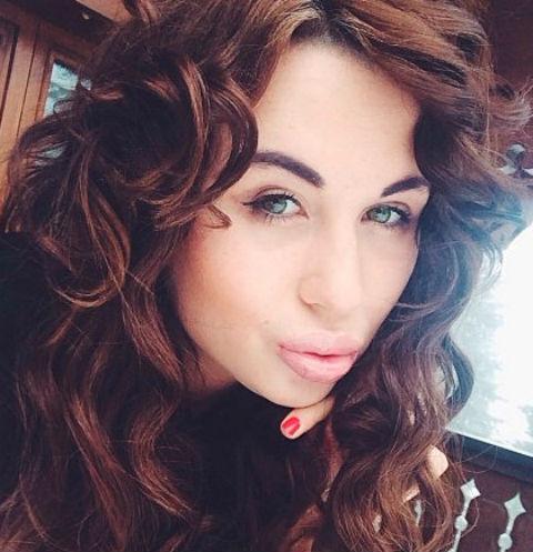 «Мать продавала ее по всему миру»: сын олигарха обвинил модель Анну Лисовскую в эскорте