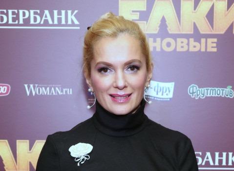 Маме Марии Порошиной вызвали скорую в театр