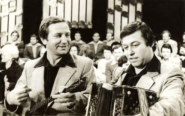 С середины 70-х братья Заволокины дуэтом пели частушки в филармонии