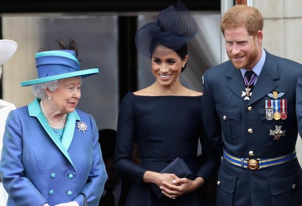 Инсайдеры утверждали, что королева с самого начала скептически относилась к избраннице внука