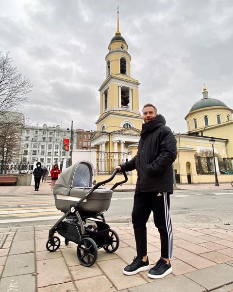 Дмитрий Шепелев стал отцом во второй раз в марте