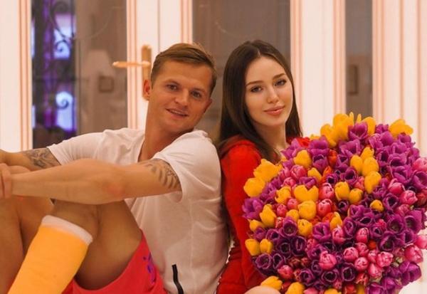 Хейтеры пары уверены: Настя разбила пару Димы и Оли