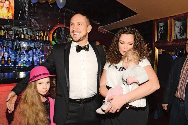 Данко с женой Натальей воспитывают двухлетнюю Агату и 12-летнюю Софью