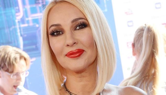 Лера Кудрявцева: «Многих «друзей» по шоу-бизнесу послала куда подальше»