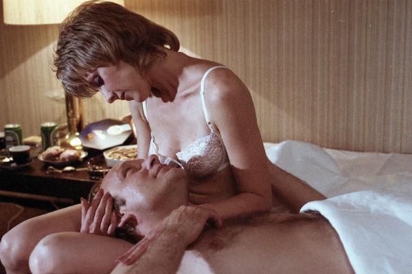 Сниматься в «неоднозначной» роли актриса не боялась, мелодраму снимал сам Петр Тодоровский