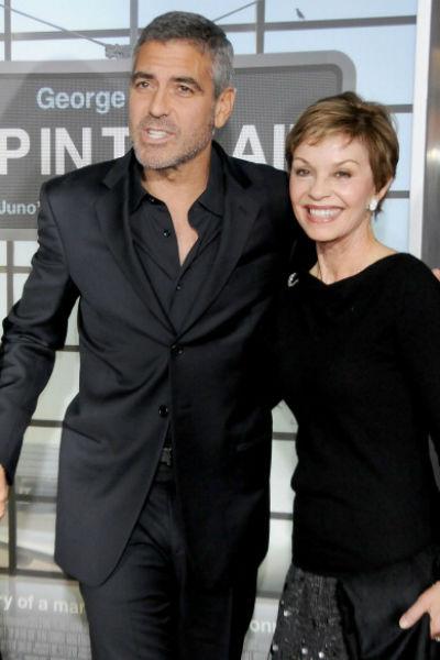 Джордж с мамой Ниной