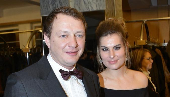 Ирина Лобачева: «Бывшая жена Башарова постоянно требует у него денег»