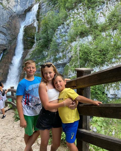 Светлана одна воспитывает детей в Словении