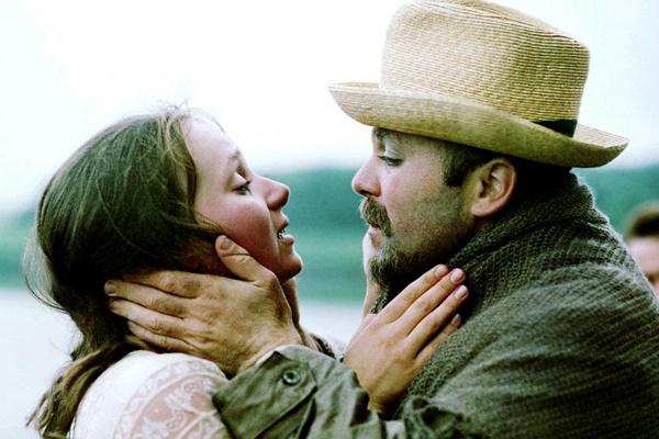 Со второй женой Калягин познакомился на съемках «Неоконченной пьесы для механического пианино»