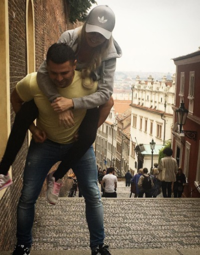 Пара как будто переживает второй медовый месяц