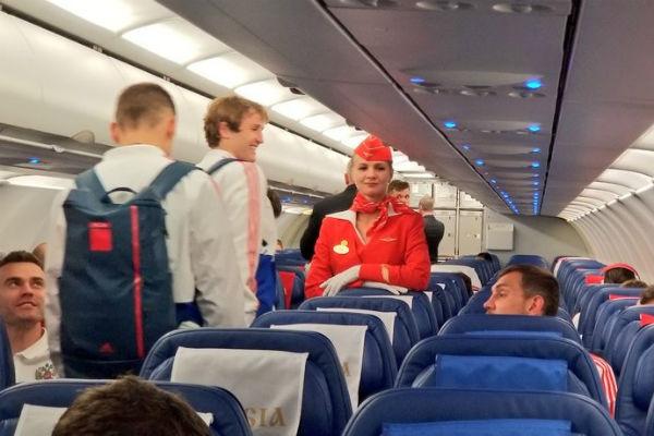 Сборная России во время рейса из Петербурга в Москву