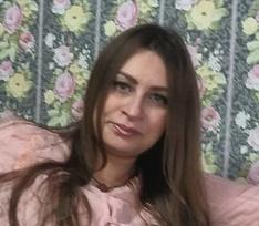 «Изо рта пошла пена, я потеряла много крови»: Екатерина Хомченко родила восьмого ребенка с отеком легких