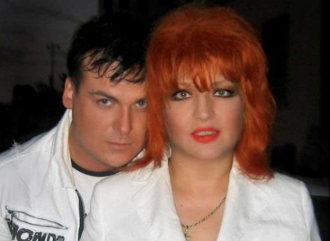 Певицу Анастасию обвинили в измене будущему мужу