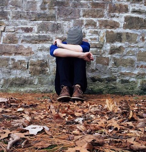 Мать избила сына из-за непослушания