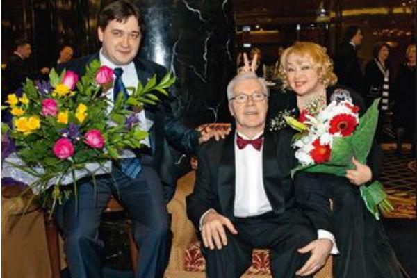 Сын Натальи Гвоздиковой Федор первым узнал об измене отца