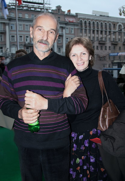 Жена Ольга надеется на скорейшее выздоровление Мамонова