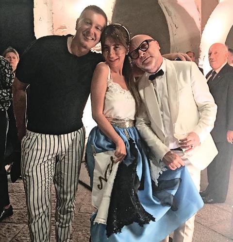Со Стефано и Доменико Стелла Аминова познакомилась на одной из светских вечеринок в Италии