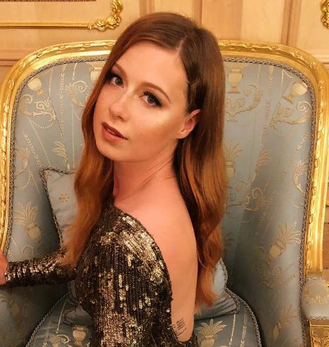 Юлия Савичева боролась с анорексией
