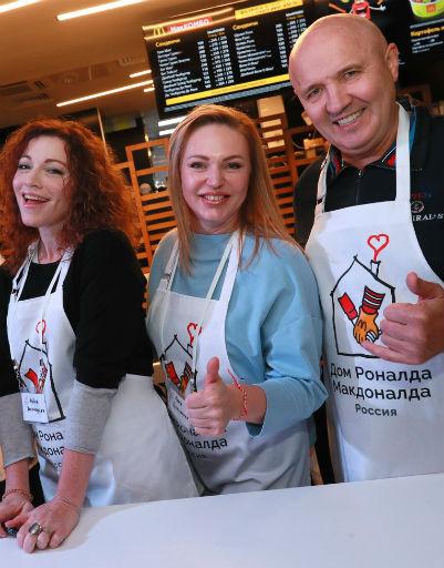 Алена Хмельницкая, Алла Довлатова, Николай Лукинский