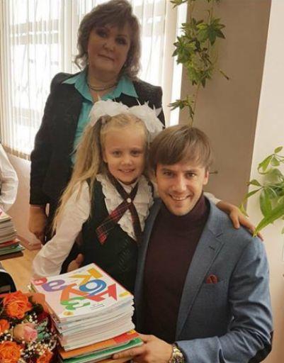 Иван Жидков с дочерью в день знаний