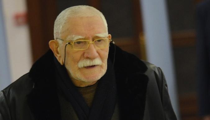 Пасынок Армена Джигарханяна: «То, что цементировалось 50 лет, невозможно разрушить за два года»