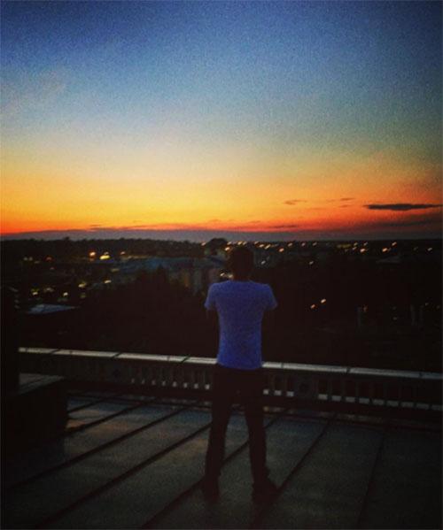 Дмитрий Маликов опубликовал фото с той же крыши, что и Стефания
