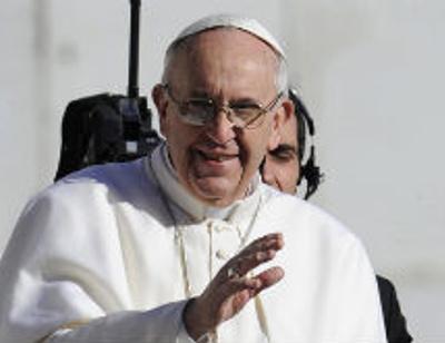 Папа Франциск получил символы власти