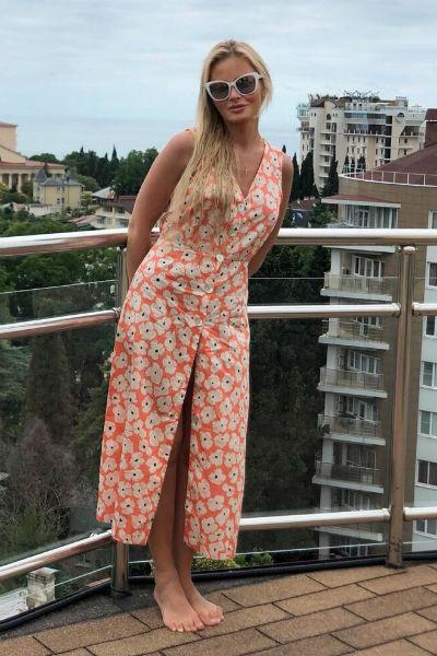 Дана Борисова отдыхает в Сочи в отеле Андрея Разина