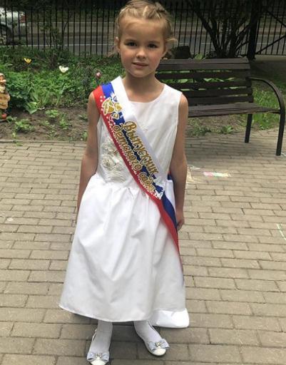 Дочь Алисы Аршавиной готовится пойти в первый класс