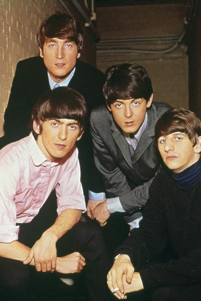 Сломанные очки Джона Леннона продали почти за 200 тысяч долларов