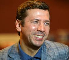 Андрей Мерзликин принимает поздравления с рождением четвертого ребенка