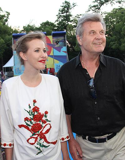 Лев Лещенко не удержался - сфотографировался с Ксенией Собчак