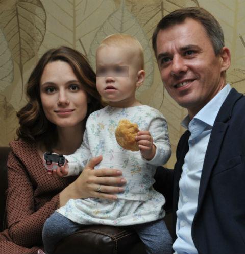 Игорь Петренко с семьей