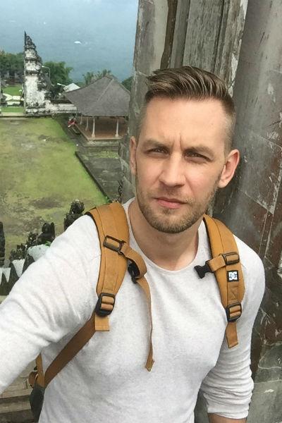Алексей Пахабов много путешествует