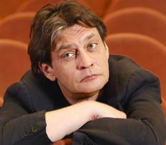 «Нервы жрали организм постепенно»: Александр Домогаров о новой роли, властолюбии и похудении
