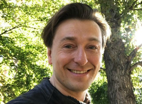 Сергей Безруков взял декретный отпуск