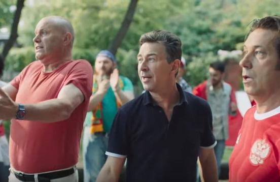 Алексей Кортнев, Валерий Сюткин, Александр Мостовой приняли участие в клипе