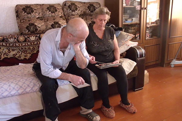 Владимир Алексеевич и Анна  Георгиевна вспоминают сына   каждый день