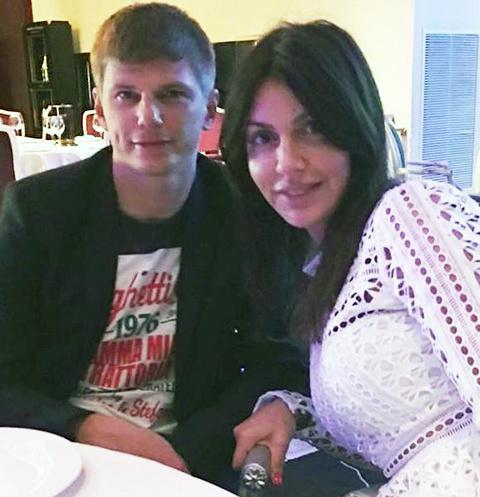 Алиса Казьмина: «У меня уже другой мужчина, но я буду ждать Аршавина всю жизнь»