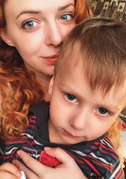 Огурцова воспитывает сына Марка от Анатолия Рамонова