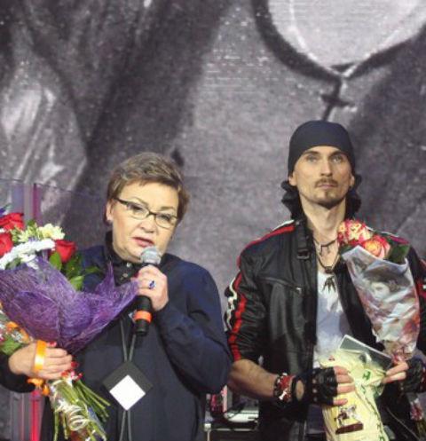 Татьяна Талькова с сыном Игорем на концерте в Санкт-Петербурге