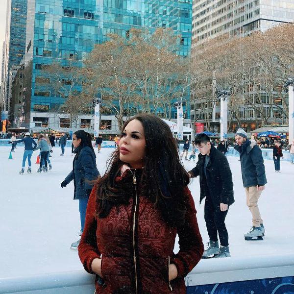 Рита Керн гуляет по Нью-Йорку