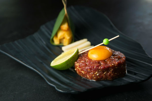 Блюда Шигеки Имура из мяса