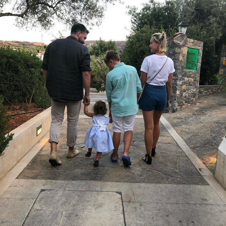 Дмитрий до последнего пытался сохранить семью