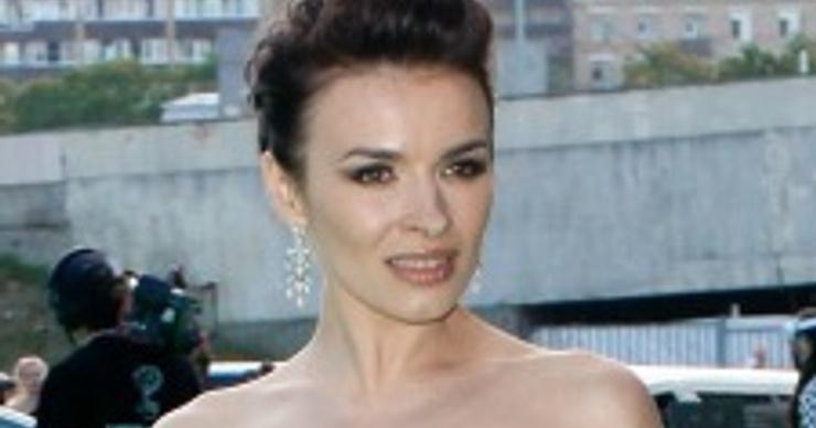 Надежда Грановская появилась на публике впервые после рождения дочери