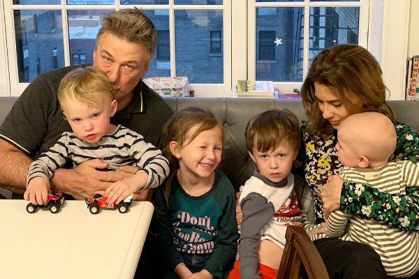 Супруги воспитывают троих сыновей и дочь