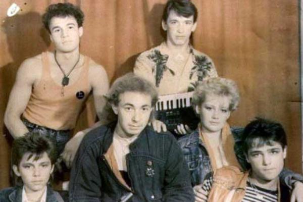 Сергей Ленюк (слева, сверху) в составе группы «Ласковый май»