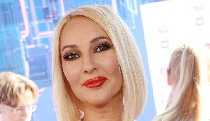 Лера Кудрявцева: «Нам с мужем не хватает романтики»